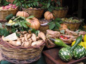 Ce fructe si legume contin un procent ridicat de pesticide